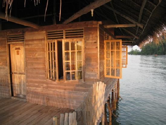 Telunas Beach Resort: rooms