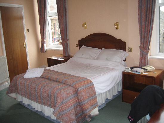 Falcon's Nest Hotel: Bedroom