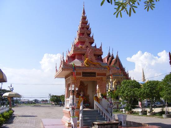 ‪‪Pagoda at Wat Coke‬: The shrine#2‬