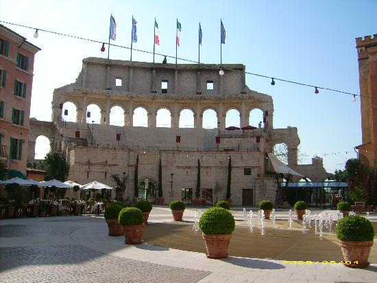 """Hotel """"Colosseo"""" Europa-Park: Blick vom Innenhof"""