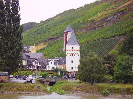 Hotel Waldeck : village church
