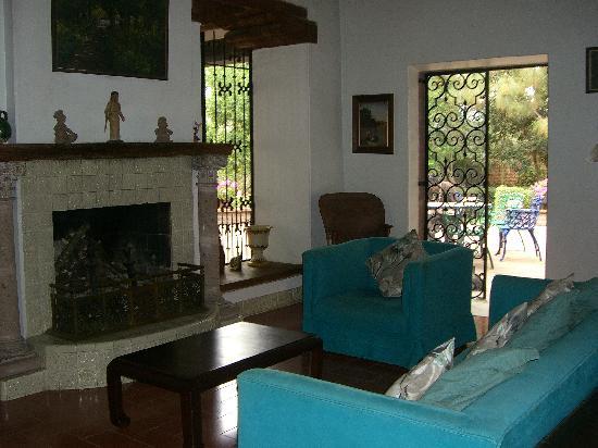 Casa Werma: The living room in the Casa Grande.