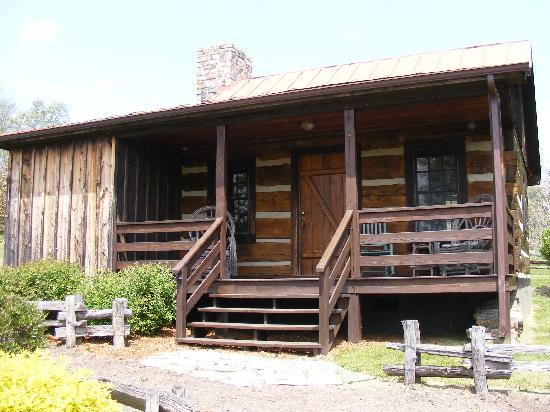 Fort Lewis Lodge: Our Settlers Cabin