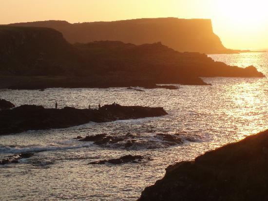 Nordirland, UK: Dunseverick at dusk