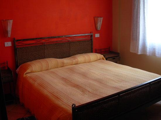 Chiedi la Luna B&B : La stanza - il letto
