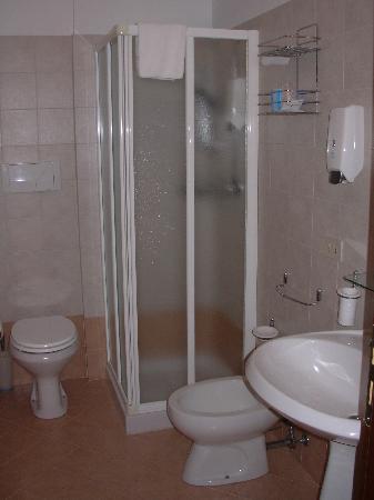 Chiedi la Luna B&B : La stanza - il bagno
