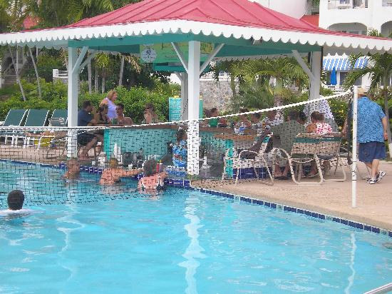 Bluebeard S Beach Club And Villas Swim Up Pool Bar The Only One In St