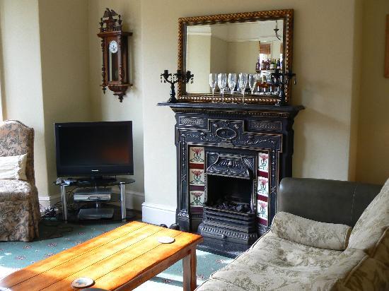 Arden House: TV Lounge