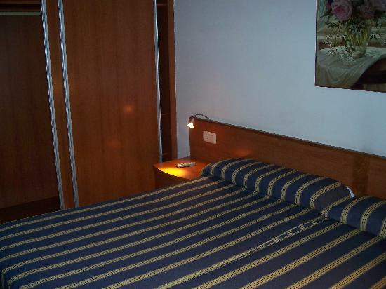 Hotel Horreo: bed