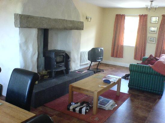 Tory Bush Cottages: sittingroom