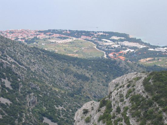 Hotel Kastil: View of Bol from Vidova Gora
