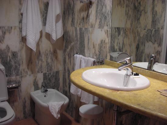 Poseidon Resort: Salle de bain