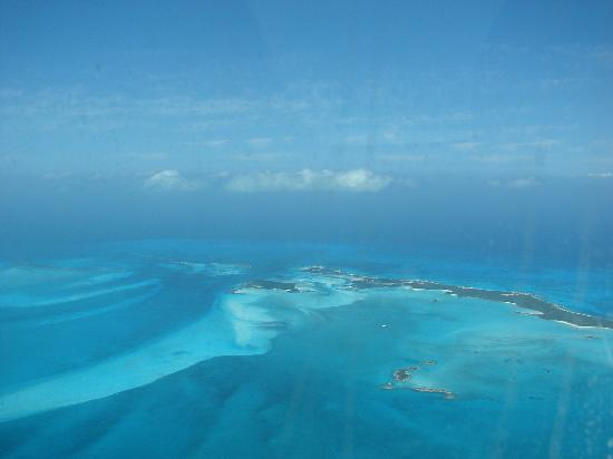 Fowl Cay Resort: Flying the Exunmas