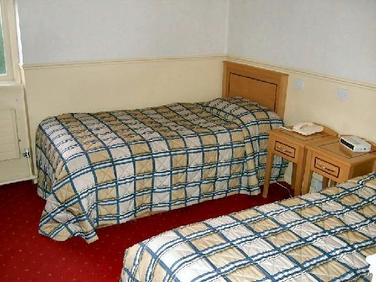 Club House Hotel: My room