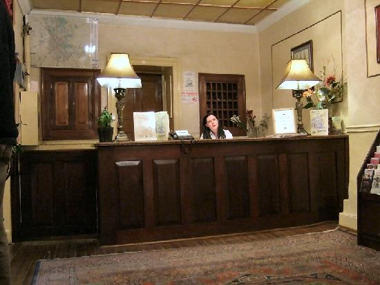 Club House Hotel: The reception