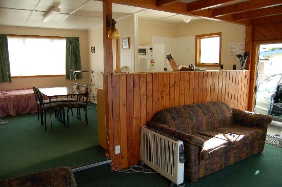 Tongariro River Motel: Old fashioned - but charming.