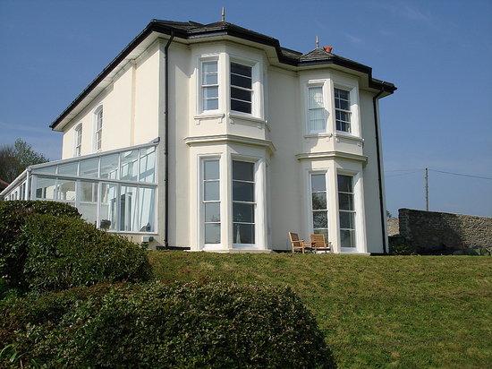 Velwell House Bed & Breakfast: Velwell House