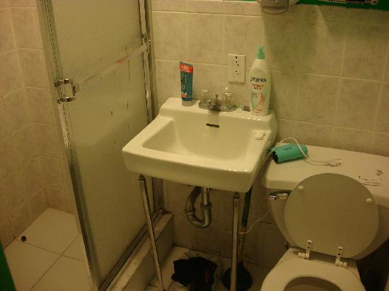 Jazz on the Town Hostel: particolare bagno