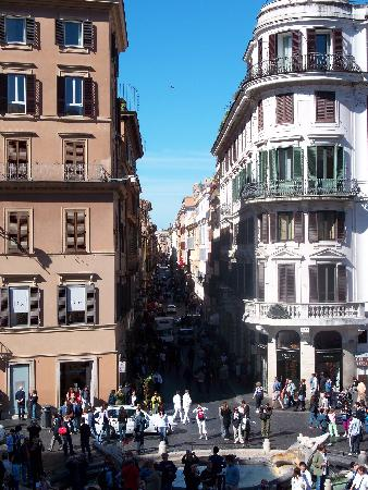 Hotel Dei Consoli: View from Spanish Steps