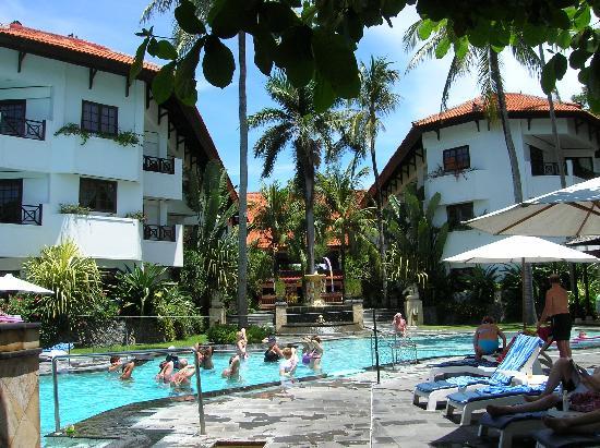 Club Bali Mirage: Fachada del hotel