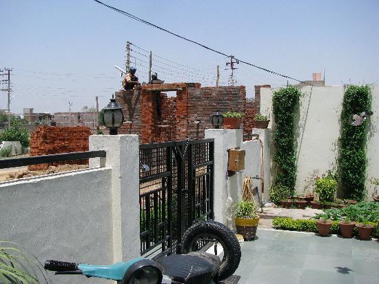 Garden Villa Homestay: Adding on additional rooms