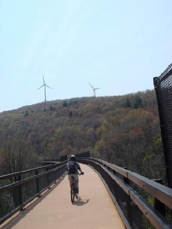 Frostburg, Мэриленд: biking the Great Allegheny Passage