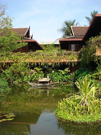 Angkor Village Hotel: Welcome to Siem Reap