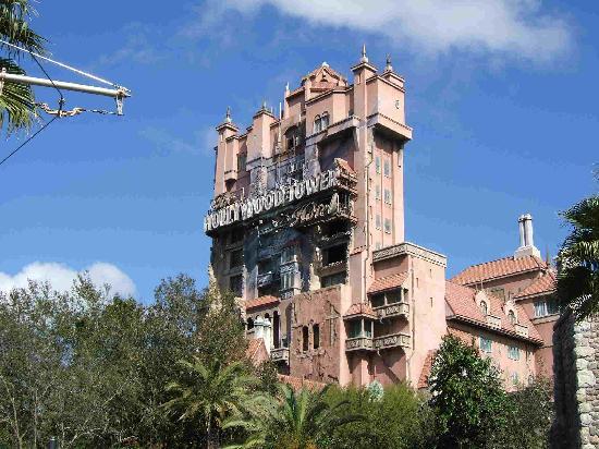 Disney S Hollywood Studios The Twilight Hotel