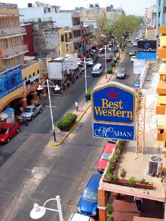 Best Western Hotel Madan: Located right on the edge of the Zona Luz