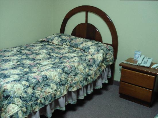 Aloha Sol Hotel: Bed