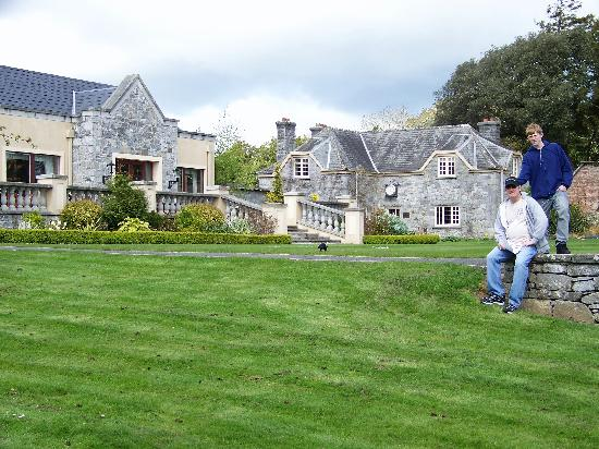 Adare Manor: Clubhouse lawn