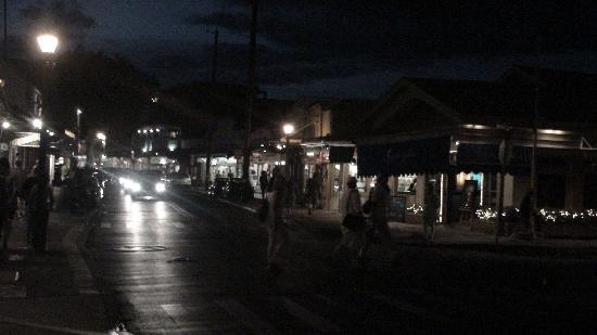 Nohonani Condos: downtown Lahaina at night