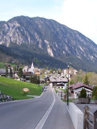 Hotel Garni Scesaplana: le village