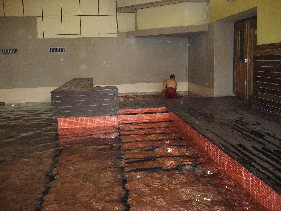 Sercotel Alp Hotel Masella : piscina climatizada