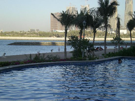 VH Dubai: their beach that i loved