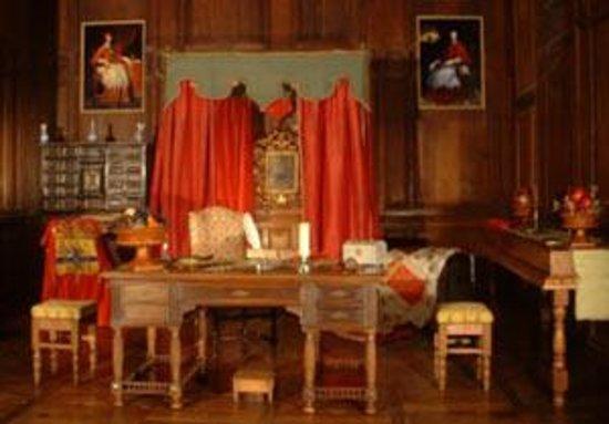 Condé en Brie, France : chambre du cardinal de richelieu