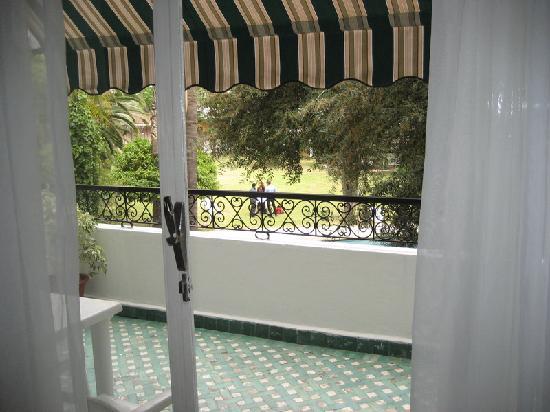 Chellah Hotel Tangier: Piscina