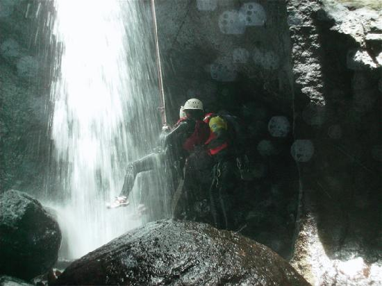 Extreme Dominica Canyoning Experience: Rappelling
