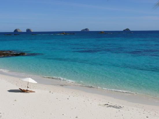 Constance Tsarabanjina: vue plage nord