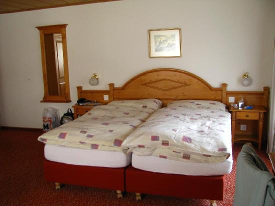 Hotel Hirschen: Bedroom