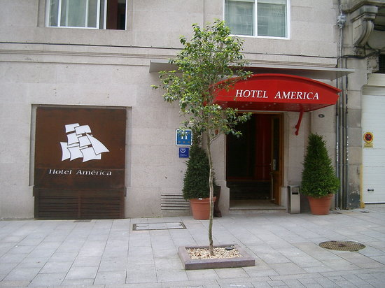 Hotel America Vigo: Entrada América Vigo