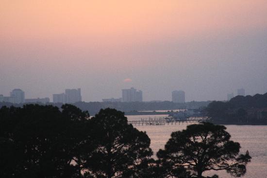ماريوتس ليجيندز إيدج آت باي بوينت: Panama City Beach from the Marriott
