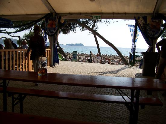 Hotel Morlans: Vom Festzelt zum Strand (Oktoberfest  Peguera 2007)