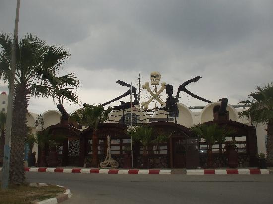 SENTIDO Le Sultan: une petite virée à Monastir a restaurant le pirate mars 2008