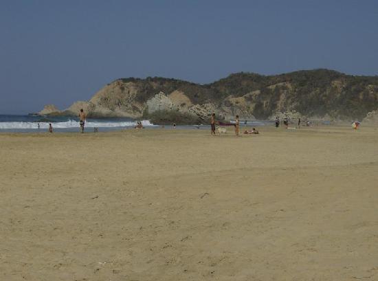 Playa La Llorona: La llorona