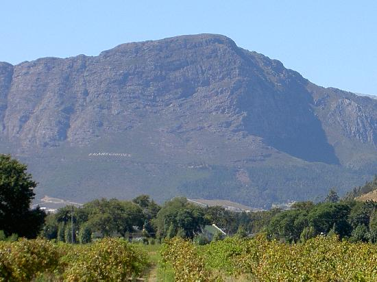 Le Manoir de Brendel Estate: Towards Franschhoek
