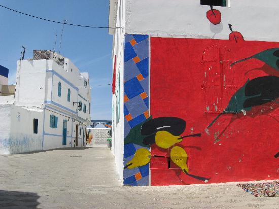 Tamkast: une oeuvre murale d un artiste