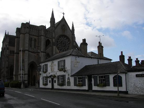 St Mary's Gate Inn: St. Mary's Gat Inn with the cathedral in the background.