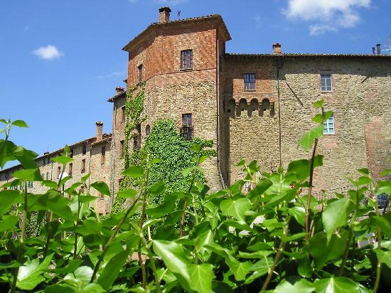 Rocca Buitoni B&B: veduta esterno