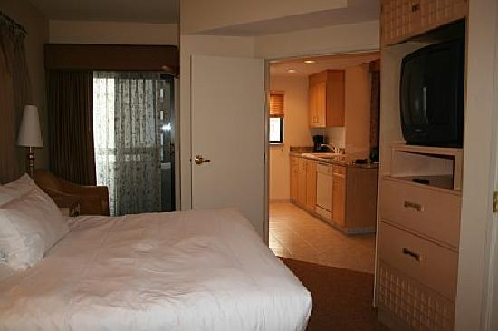 Master Bedroom Off Kitchen Picture Of Polo Towers Suites Las Vegas Tripadvisor